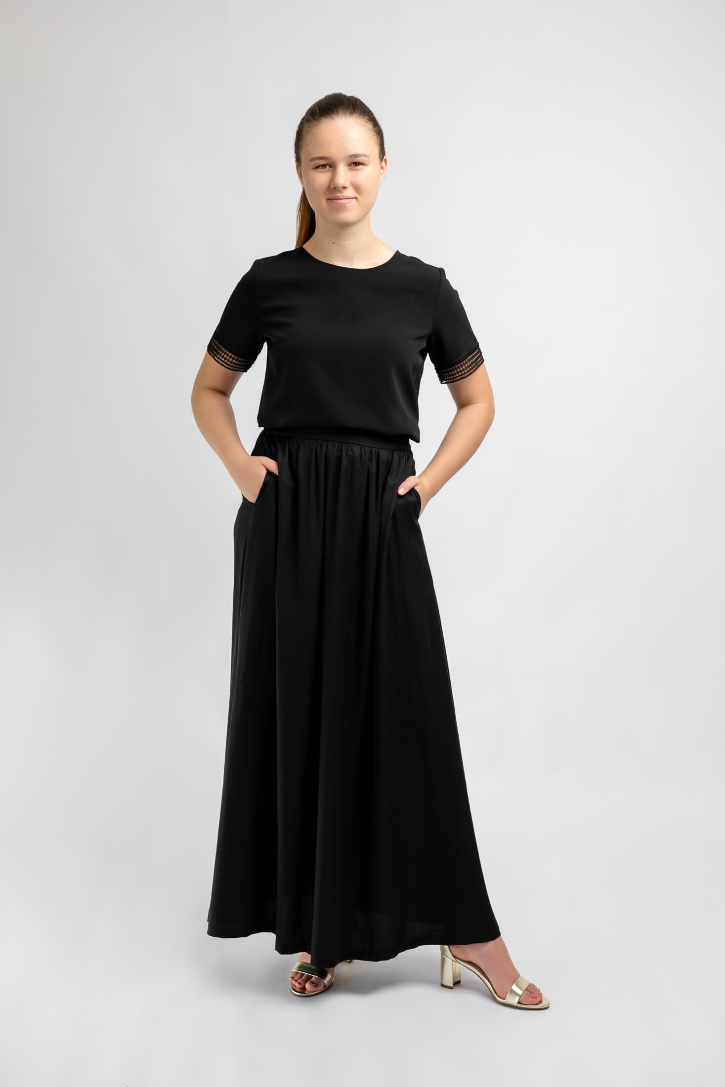 long-black-ankle-length-skirt-for-girls